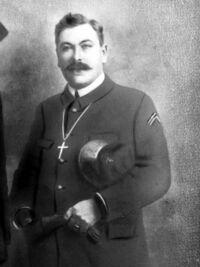 Georges Gallienne en uniforme d'aumônier de la Marine (Première Guerre mondiale)