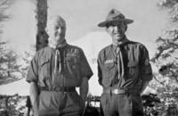 J.S. Wilson avec Mishima Michiharu en 1952
