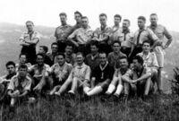 Jean Muller au premier rang à droite