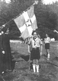 Pierre Claverie investi CP (en 1952, camp dans les Pyrénées).