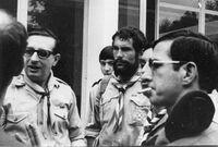 Jean Debaeke (à gauche de la photo)