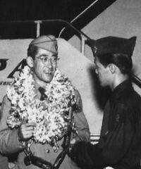 Le comte Matsudaira quittant Honolulu à l'été 1953