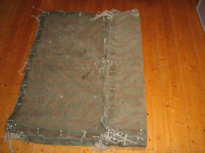 Datei:Pliage toile de tente etape1.jpg
