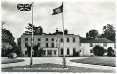 Façade nord du pavillon principale de Foxlease (Dearden & Wade, Bournemouth, 1962)